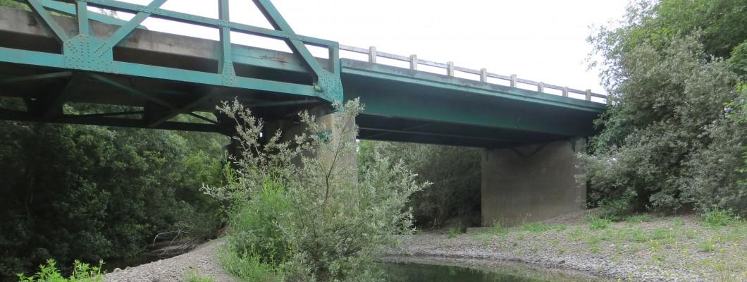 bridgeOverRiver